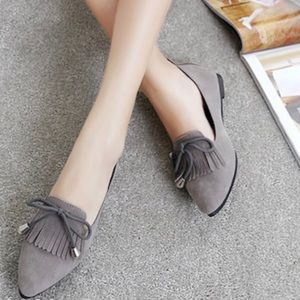 Shoes - 🆕Pointed toes suede tasseled loafer flats